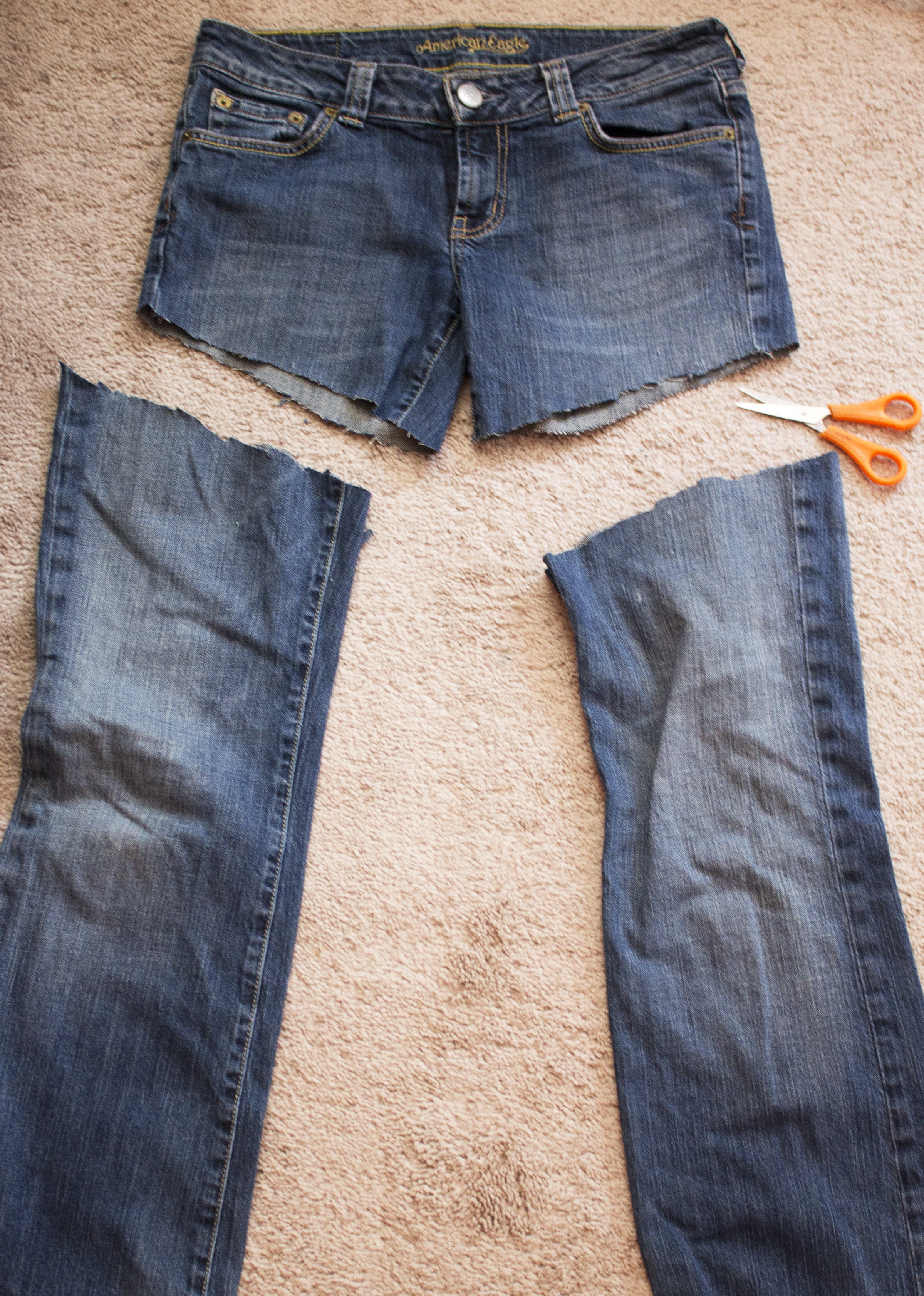 how to cut jeans into shorts with fray