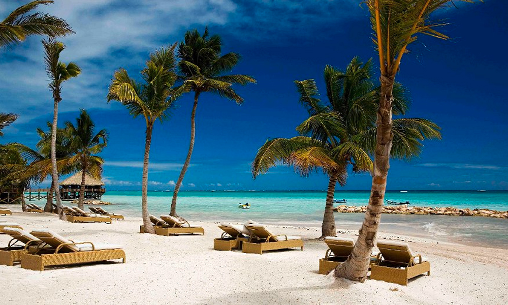 The 10 most popular honeymoon destinations for canadians for Beach honeymoon destinations in the us